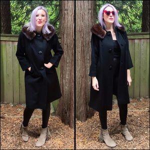 Gorgeous, VINTAGE coat!!!